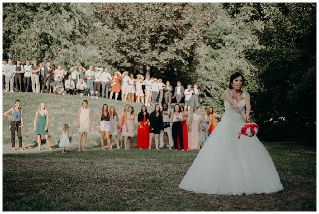 jetté bouquet mariage, chateau lanquais, photographe de mariage