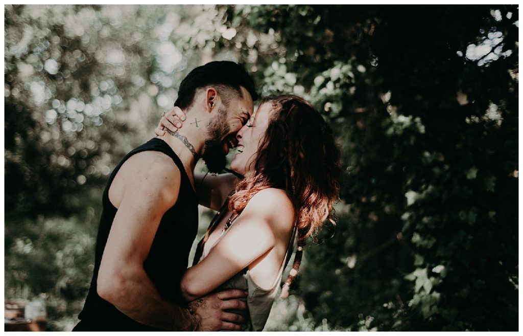 couple balade photo bordeaux