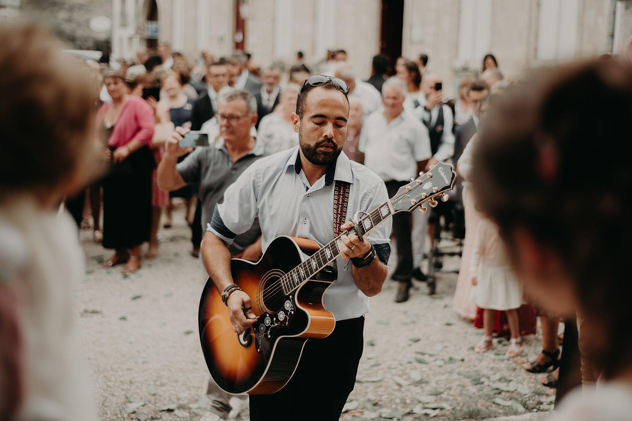 arrivée des mariés à l'Eglise, mariage Bordeaux