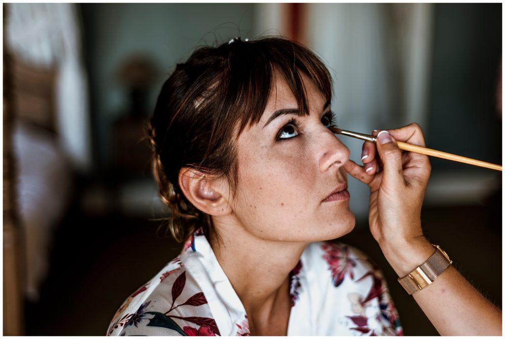 maquillage de la mariée, domaine d'essendieras, mariage dordogne